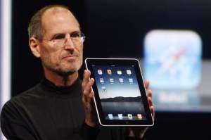 Steve Jobs com Ipad 2
